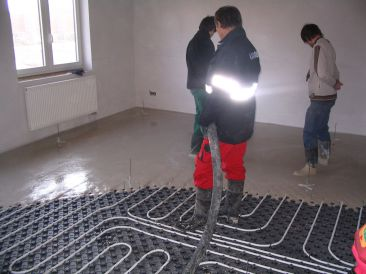 lití podlahy
